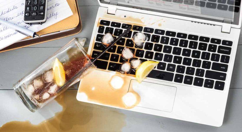 Ноутбук залитый жидкостью